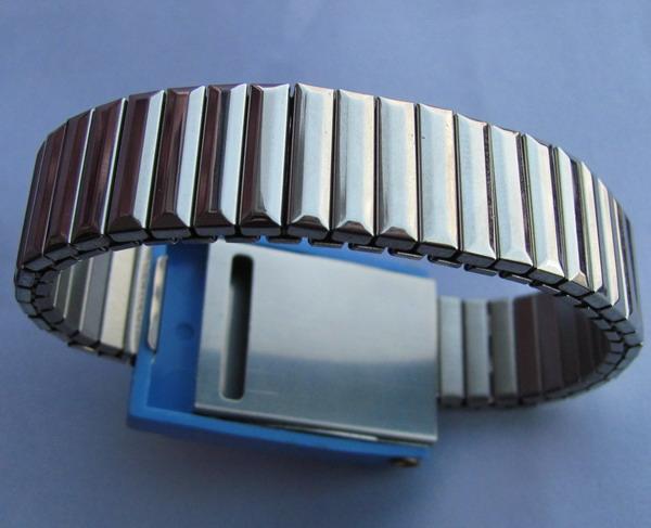 WristBand2-2_zpsc3f1aab4.jpg